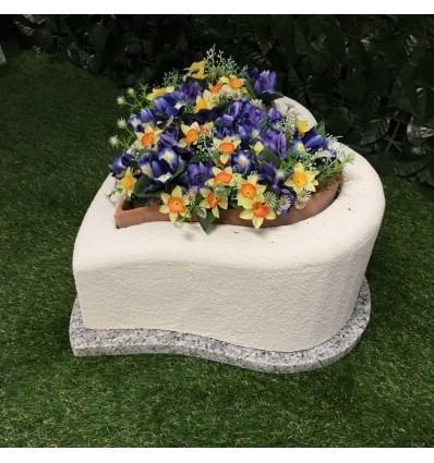 Tomba per animale cane o gatto modello cuore con base e fioriera