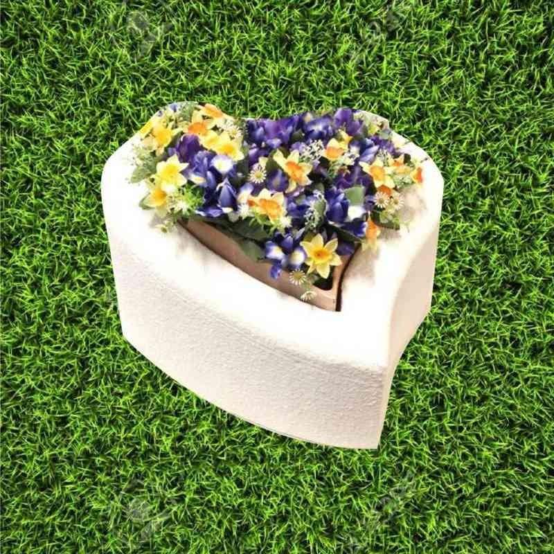 Tomba per animale cane o gatto modello cuore con fioriera