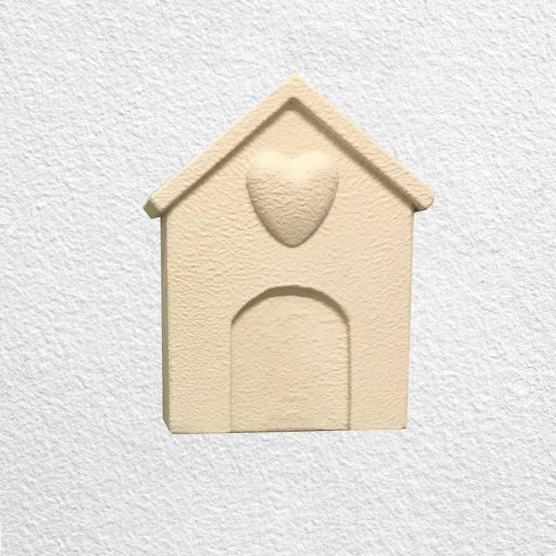 Lapide per cane o gatto verticale da parete modello cuccia